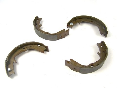 Mitsubishi Lancer Evo 7 Handbrake shoe set