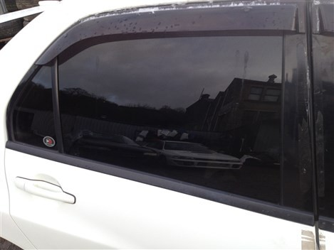 MITSUBISHI LANCER EVO 8 DRIVERS SIDE REAR GLASS