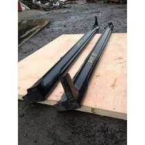 GEUINE MITSUBISHI LANCER EVO 5 6 SIDE SKIRTS PAIR 1999