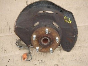 HONDA INTEGRA TYPE R DC5 K20A DRIVER FRONT HUB and KNUCKLE WITH SENSOR