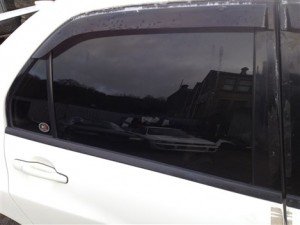 MITSUBISHI LANCER EVO 8 DRIVERS SIDE REAR GLASS